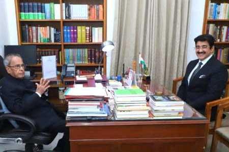 Chief Scout For India Sandeep Marwah Met Pranab Mukherjee