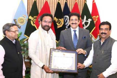 Chief Scout For India Sandeep Marwah Met Home Minister